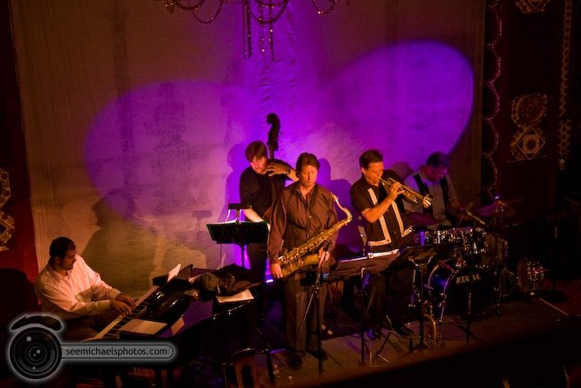 Jazz 88 All Stars at Tango del Rey 42009© Michael Klayman-1