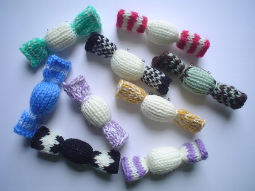 Knitting Pattern Christmas Bells : christmas bells knitting instructions