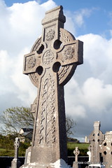 Cemetery Cross at Quilty