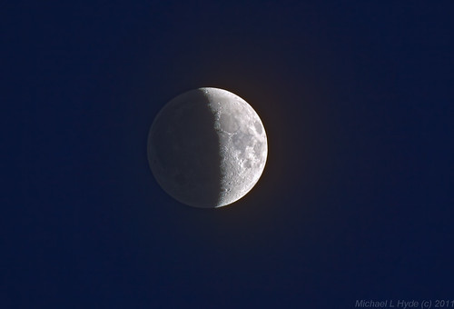 Earthshine 090511 by Mick Hyde