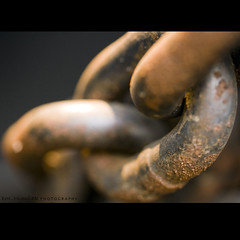 my chains are gone i've been set free! (Kamoteus (A New Beginning)) Tags: canon chains northcarolina spencer amazinggrace kamote transportationmuseum canoneos400d canonrebelxti aplusphoto kamoteus2003 kamoteus thechallengefactory burabog ronmiguelrn 60mmusmlens