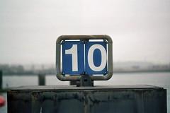 10 (Photo AKA) Tags: harbour hamburg hafen minoltasrt101