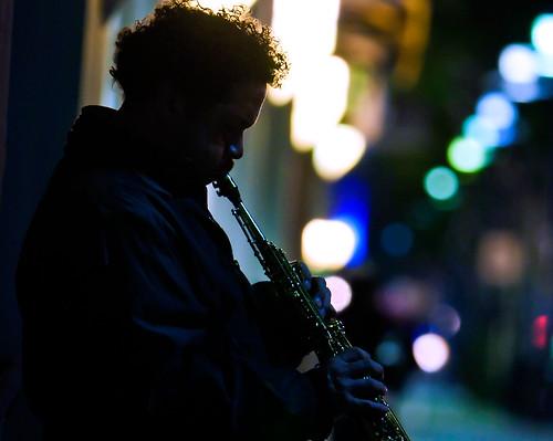 california musician mood glendale jazz silhoutte streetphotograhy brandblvd darktones usclabdog