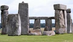 Salisbury: Stonehenge in full size 52.046.03
