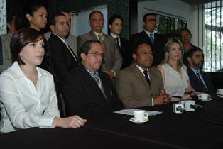 Rueda de Prensa  Santiago - 04 marzo 2009