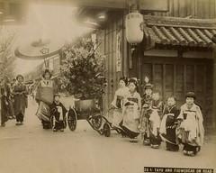 Tayuu no dochu - Courtesan parade (noel43) Tags: japan japanese district prostitute prostitution redlight pleasure meiji yoshiwara oiran tayu tayuu kamuro