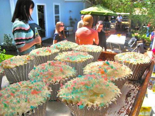 Red Velvet Pop Rocks Cupcakes Rule!