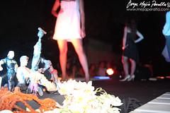 IMG_2134TT (jorgemejia) Tags: fashion teatro poetry moda poesia cultura jovenes instalaciones poetas alternativa ypung perfmormance
