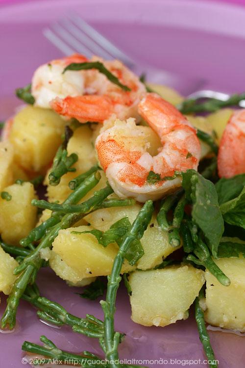 Insalata di patate, gamberi e salicornia