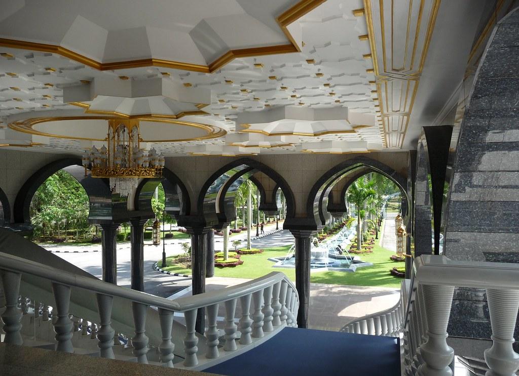 Brunei (232)