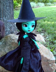 Elphaba (RequiemArt.com) Tags: doll oz ooak wicked pullip requiem custom wizardofoz elphaba wickedwitchofthewest requiemart