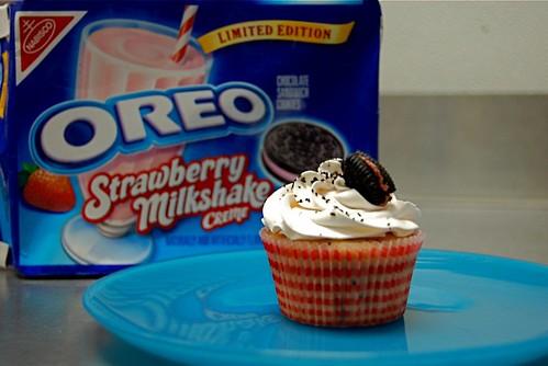 Strawberry Cookies 'N Cream