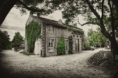 Nantes - Jardin des Plantes (Werner Kunz) Tags: park trip travel vacation bw house holiday france photoshop blackwhite interestingness nikon frankreich europa europe european euro urlaub eu wideangle explore 40 ultrawide soe hdr nantes werner reise 9mm hoya selectivecolor jardindesplantes r72 kunz photomatix 20fav colorefex nikond90 topazadjust werkunz1