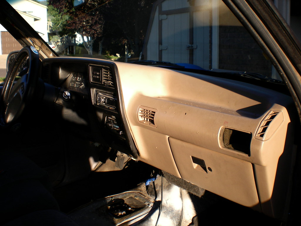 How To Remove 1991 1994 Dash With Lots Of Pics Ford Explorer And Ford Ranger Forums Serious Explorations