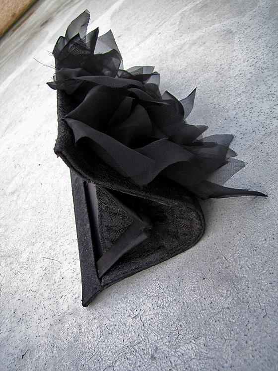 DIY-Petal-purse-bag-clutch-Louboutin-6