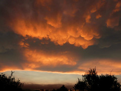 Mammatus sunset (Marlis1) Tags: sunset clouds spain baixebre mammatus elsports weatherphotography marlis1 therebeastormabrewing