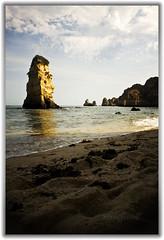 Roca (Cruces del Sur) Tags: lomo agua playa lagos cielo reflejo verano
