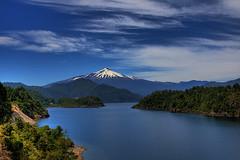 Lago Panguipulli (ik_kil) Tags: chile volcano panguipulli lagopanguipulli regindelosros mochochoshuenco volcnchoshuenco panguipullilake