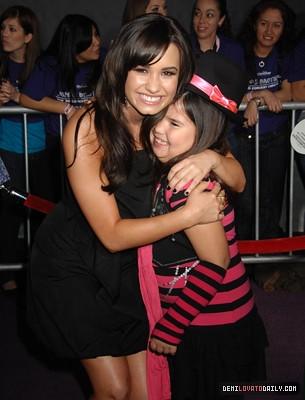 Demi Lovato And Madison Lovato/De La Garza. They both look amazing. [: