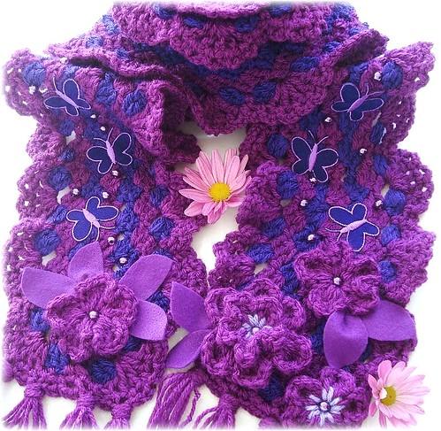 Borboletas, cachecol de crochê por Lidia Luz.