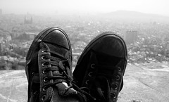 Amb la ciutat als peus (Cyberian8) Tags: barcelona people blackandwhite bw blancoynegro blanco blackwhite gente noiretblanc negro bn gent orang humanos blancinegre  rovira  insanlar ljudi tur    mense  lesgens mnniskor crnobijeli   siyahvebeyaz svartochvitt turdelarovira  hitamdanputih schwarzundweis  swartenwit    diemenschen