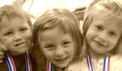 Logan, Mia & Hannah
