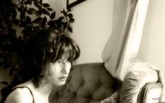 alone (in eva vae) Tags: light people blackandwhite selfportrait me monochrome sepia lady pose soft alone sweet retrato indoor personas io portraiture redhair bianco nero sola luce primopiano interno foreground autoscatto prettywoman threequarter womanportrait beautifulexpression flickrestrellasportrait 40woman