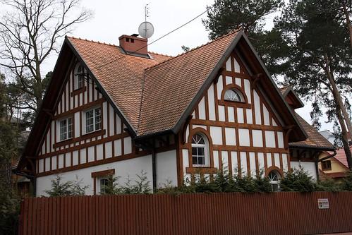 Nowoczena willa przy ulicy Czaplickiego w Otwocku