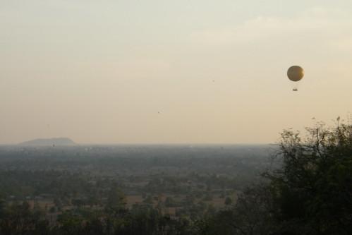 24.巴肯山頂眺望暹粒的平原
