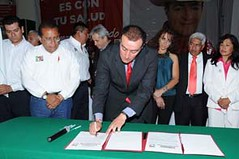 Humberto Navarro firma compromisos en Ixtapaluca (PRI Estado de Mxico) Tags: ixtapaluca elecciones2009 priestadodemxico