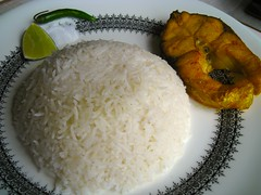 Shaadh: Rice and fish fry (Kaustav Bhattacharya) Tags: food shad bengal babyshower bangla bengali saadh shaadh sadh 77285mm shadh bengalishaadh bengalibabyshower