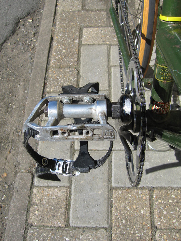 raleigh twenty stowaway fixed gear crank