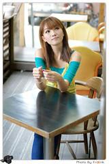 DSC05945.jpg (honyee) Tags: portrait  a350