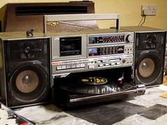 JVC DC-33L (Jacob Whittaker) Tags: front player turntable record hifi ghettoblaster loading jvc