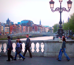 Walking a Bridge on the River Liffey (Colorado Sands) Tags: dublin irlande irland irish eire downtown river bridges liffey riverliffey liffeyriver ireland europa europe european sandraleidholdt people