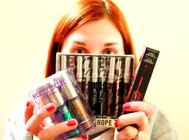 84 - glitter eyeliner mascara - oh my by rin