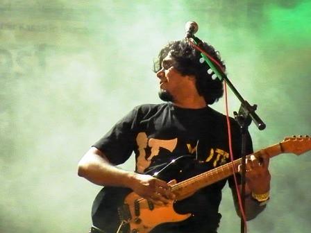 Bruce at the Shut Up and Vote tour, Delhi