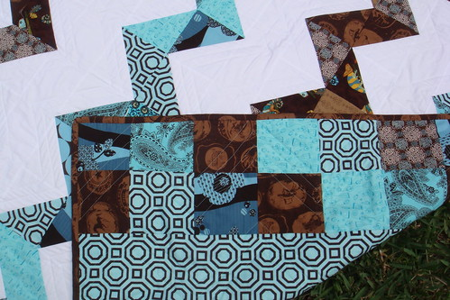 blue brown zig zag quilt front, back, binding