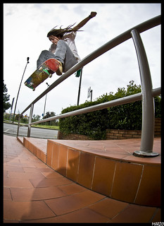 Gilberto Cannarozzi ollie over the rail