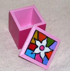 Caixa COROACY (Oficina da Cor) Tags: artesanato mosaico oficina biscuit caixa da cor mão mdf colorida falso feito aplicação