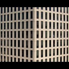 Simmetria d'angolo (Isco72) Tags: windows cambridge usa lines boston architecture buildings unitedstates mit geometry architettura simmetria edifici geometria finestre simmetry linee statiuniti fineartphotos geometriegeometry bestminimalshot isco72 artofimages francescopallante bestcapturesaoi