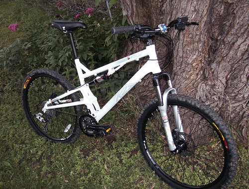 K2 Base 2 0 A Potent Pedaling Package For Penny Pinchers Mtbr Com