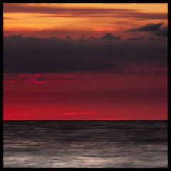 Sailors delight, Crosby (Ianmoran1970) Tags: sunset red sky cloud beach water minimal crosby aftersun ianmoran ianmoran1970
