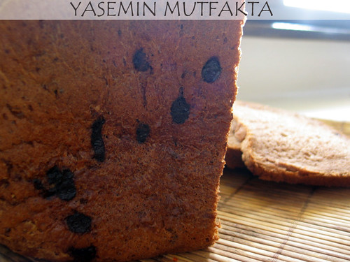 Fındıklı Çikolatalı Çavdar Ekmeği
