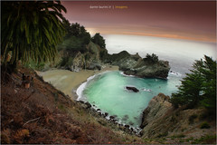 McWay Falls - California (Dante Laurini Jr) Tags: ocean california sunset pordosol sea brazil fall water rock brasil clouds sunrise mar areia dante sp junior nuvens reflexo reflexos relfection oceano guaruja rocha laurini pedrs dantelaurinijunior