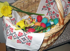 EAster08_2