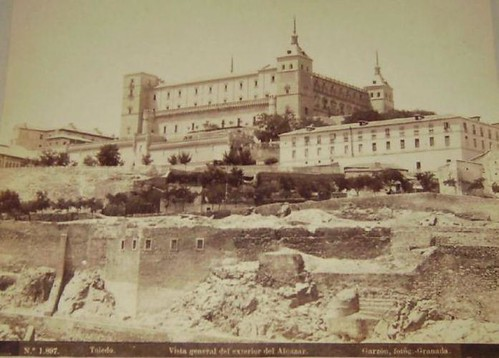 Alcázar de Toledo a finales del siglo XIX. Fotografía de Rafael Garzón