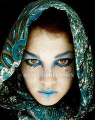 Dark Elf (Sara_Morrison) Tags: blue girl makeup fantasy freckles emerald elfo darkelf elfooscuro leniggini
