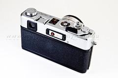Yashica Electro 35 GS (Marcel Van der Horst Photographer) Tags: camera old school classic film 35mm canon vintage nikon infinity flash rangefinder electro gadget 35 tamron gs yashica f28 sb24 50d sb28 strobist 1750mm offcameralighting v2s