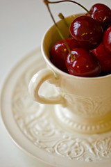 cuppa cherries 365 day251 (Ruth Flickr) Tags: china red white green cup handle cherries pattern cream stems 365 saucer wedgwood cerezas cerises day251 kirschen project365 dsc0047 thanksloulam